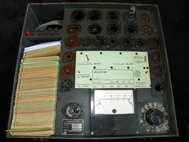 Stichting Bunkerbehoud, collection, tube tester